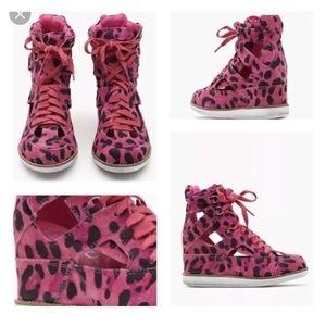 NEW Jeffrey Campbell Pink Padua Platform Sneaker